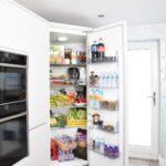 Offene Kühlschranktür